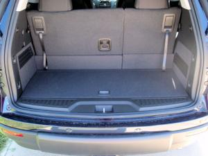 Late 2009 Saturn Outlooks Sport Larger Rear Storage Compartment and Opening