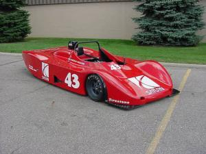 On the Auction Block: Saturn Lola Race Car