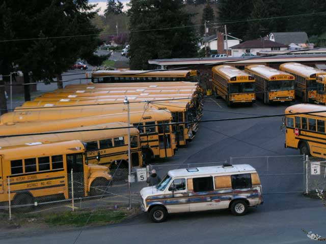 The School Bus Barn Next Door Saturnfans Photo Forums